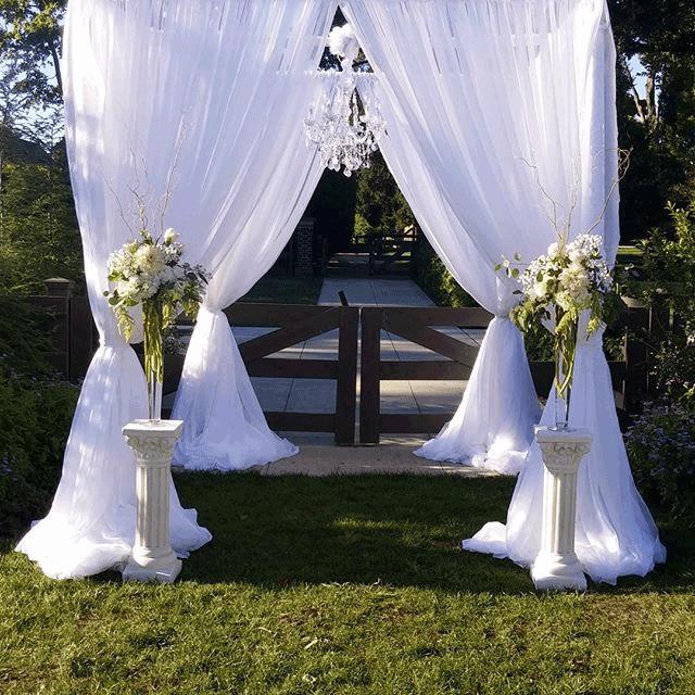 wedding arbor in columbus ohio at wells barn advantage events