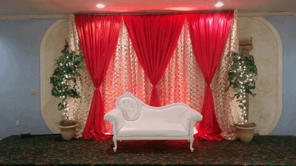 white sofa event decor in columbus ohio at advantage events